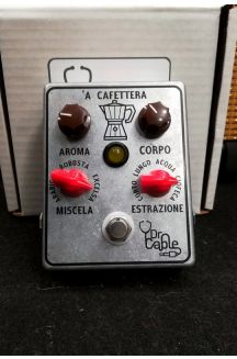 DR. CABLE 'A CAFETTERA PEDALE OVERDRIVE ANALOGICO PER BASSO
